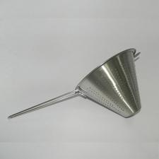 Colador Cónico diámetro 18 cm.