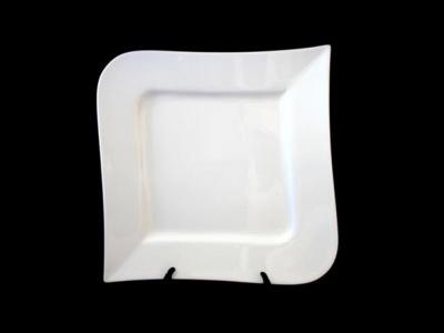 Plato cuadrado 24 x 24 cm. ceramica con averia