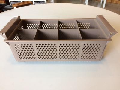 Cubiertera plástica 8 diviciones.