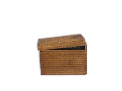 Cesto rectangular bamboo rattan con tapa.