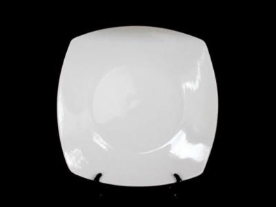Plato Semicuadrado 24 x 24 cm.