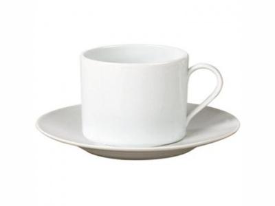 Taza de té 220 ml. con platillo porcelana. Selecta