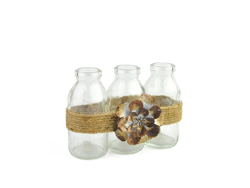 Set 3 botellas decoradas con flor 15 x 6 x 10 cm alto.